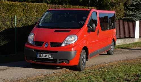 Transport osobowy - Renault Trafic